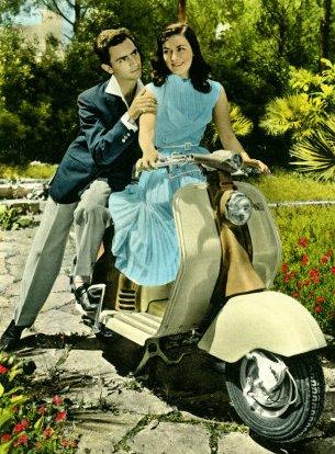 0000-4861-4~Vespa-Piaggio-Romance-Posters
