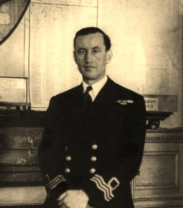 Naval-Commander-Ian-Fleming