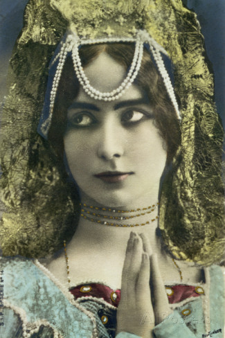 reutlinger-studio-postcard-depicting-the-dancer-cleo-de-merode-1875-1966